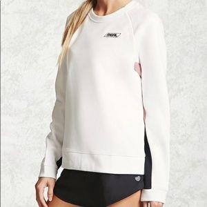 Forever 21 white pullover sweatshirt